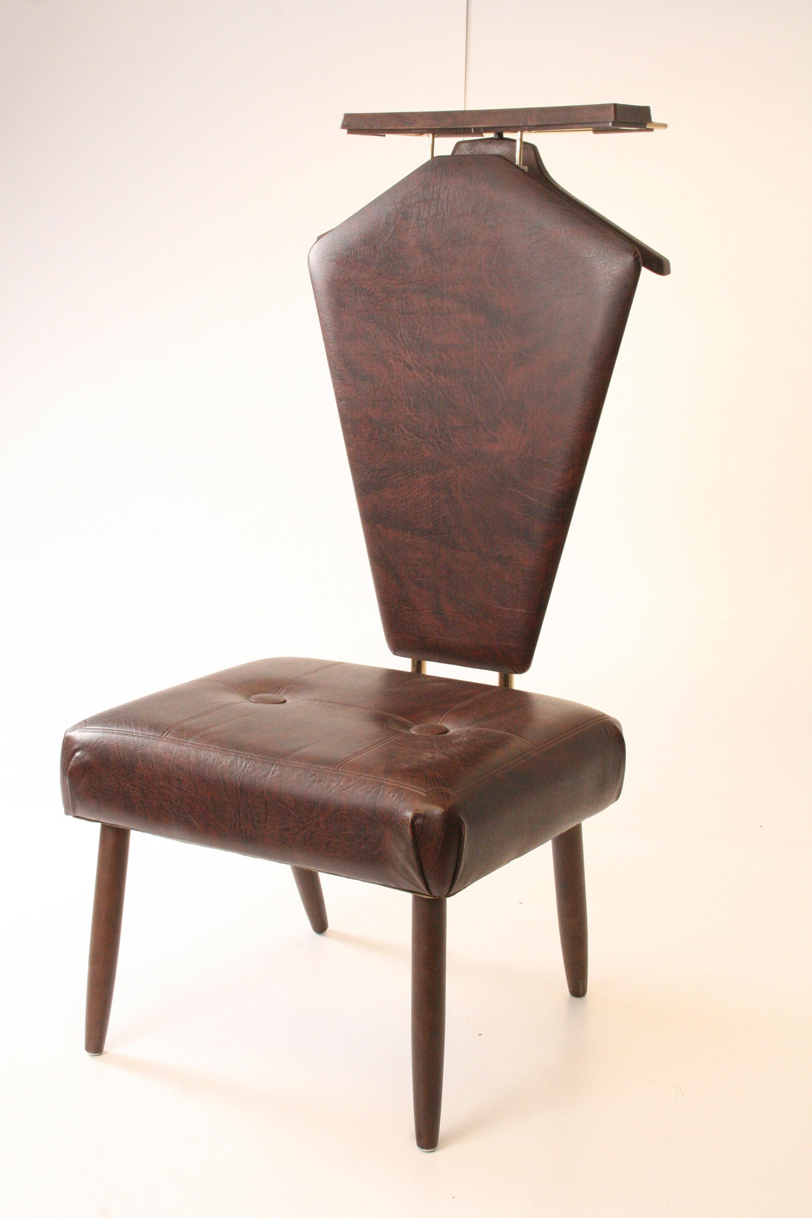 Mid Century Modern Brown Vinyl Butler Chair   Image 2 Of 11