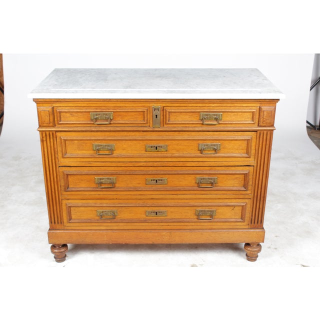 1920s Gustavian-Style Marble-Top Commode - Image 2 of 11