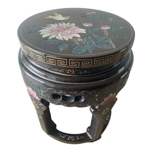 Chinoiserie Coromandel Lacquered Side Table With Birds and Flowers For Sale