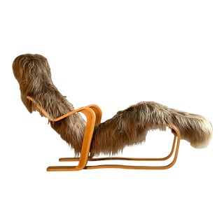 Marcel Breuer Long Chair in Icelandic Long Haired Sheepskin by Isokon circa 1970 For Sale