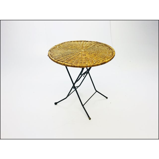 Mid-Century Modern Mid Century Modern Wicker & Iron Round Folding Side Table For Sale - Image 3 of 11