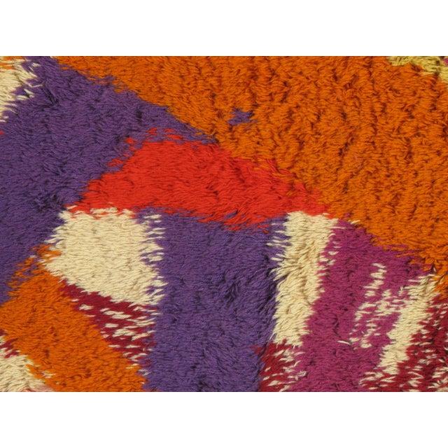 "Mid-Century Modern Vintage Swedish Rya Carpet - 4'6"" x 6'5"" For Sale - Image 3 of 9"