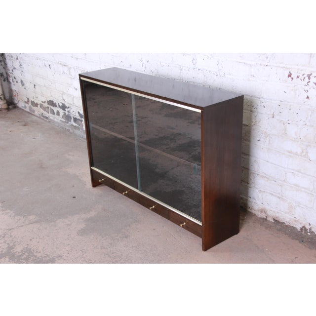 "Contemporary Paul McCobb for Calvin ""Irwin Collection"" Mahogany Glass Front Cabinet or Bookcase For Sale - Image 3 of 13"