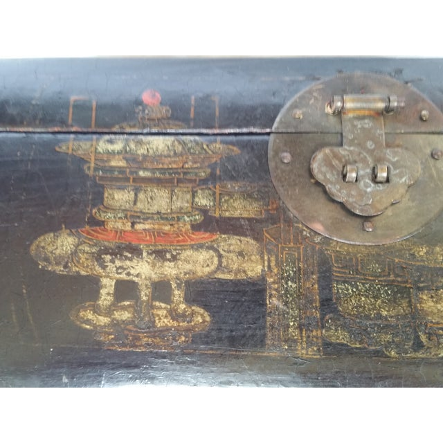19th Century Chinoiserie Lacquer Box - Image 3 of 6