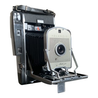 1950s Vintage Polaroid Mode 150 Camera For Sale