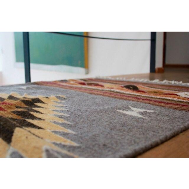 Mexican Pedal-Loom Gray Rug- 2′7″ × 4′10″ - Image 5 of 6