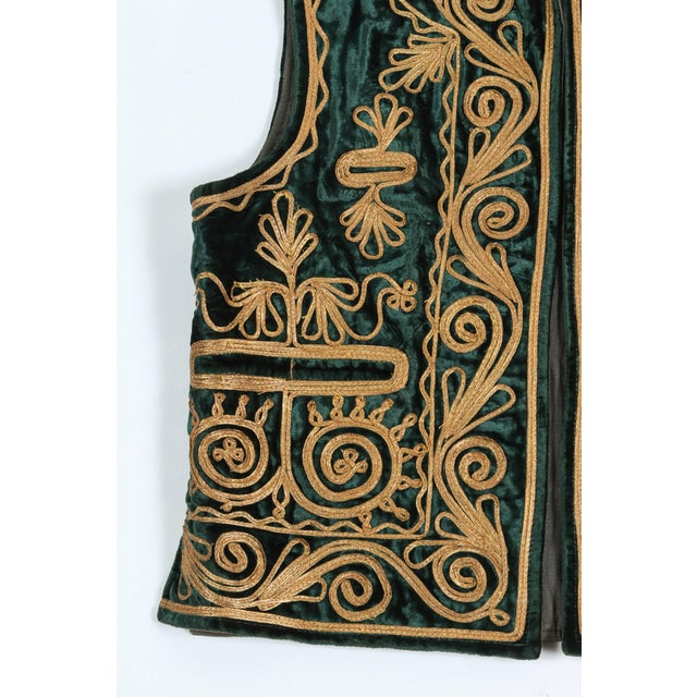 Mid 20th Century Authentic Ottoman Turkish Vest in Green Velvet For Sale - Image 5 of 9