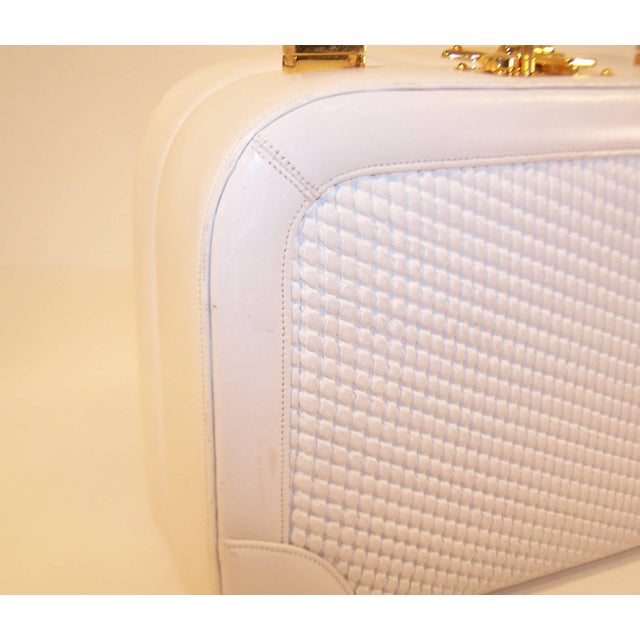 C.1990 Judith Leiber White Leather Box Handbag With Convertible Handles For Sale - Image 10 of 11
