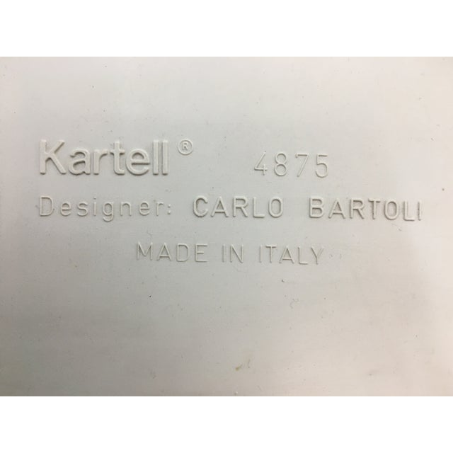 White 1970s White Plastic Chairs #4875 by Carlo Bartoli for Kartell - a Pair For Sale - Image 8 of 9