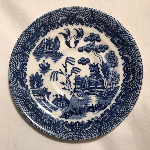 "Japanese 1940's Japanese Ceramic ""Blue Willow"" Saucer Plate For Sale - Image 3 of 3"