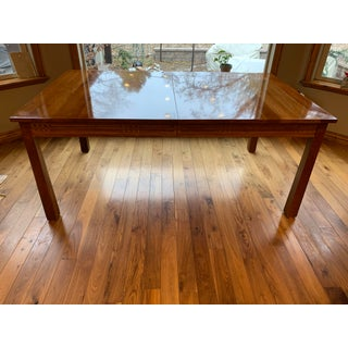 Traditional Stickley Glasgow Extendable Dining Table Preview