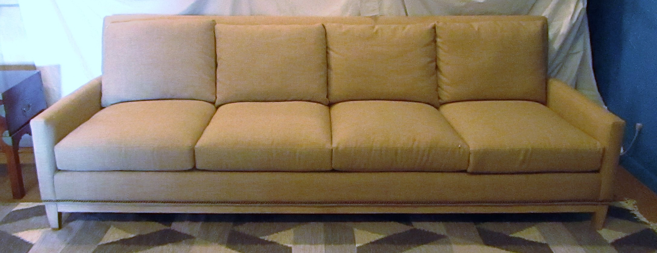 Superieur Holding True To Its Mid Century Modern Roots,this Dante Sofa Brings A  Sophisticated