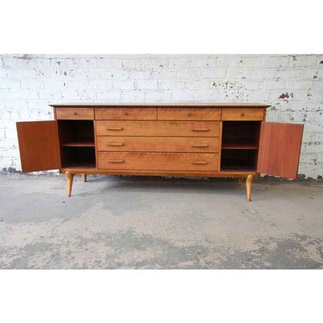 Renzo Rutili for Johnson Furniture Co. Mid-Century Modern Sideboard Credenza For Sale In South Bend - Image 6 of 13