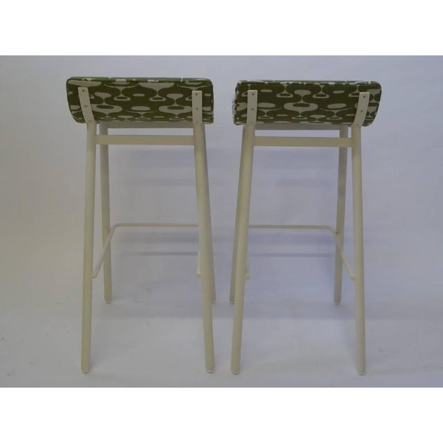 1950s Pair of 1950s Mid-Century Modern Curved Seat Bar Stools For Sale - Image 5 of 10