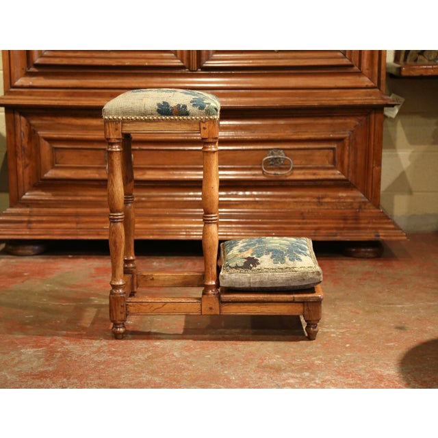 18th Century French Carved Chestnut Prayer Chair With Aubusson Tapestry For Sale In Dallas - Image 6 of 8