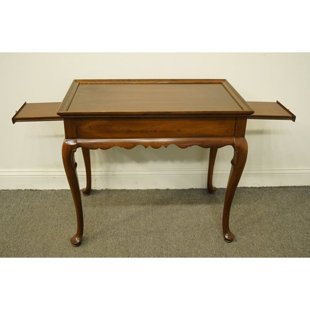 20th Century Georgian Ethan Allen Accent End / Tea Table For Sale - Image 11 of 13