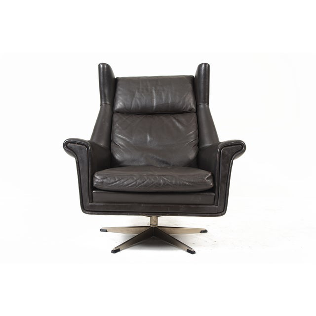 Danish Modern Black Leather Swivel Lounger - Image 5 of 11