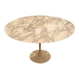 Mid-Century Modern Knoll Eero Saarinen Dining Table For Sale