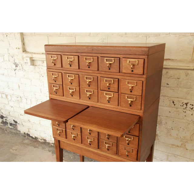 Antique 30-Drawer Oak Library Card Catalog Cabinet - Image 6 of - Gaylord Bros. Antique 30-Drawer Oak Library Card Catalog Cabinet