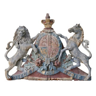 George III Painted and Carved Wood United Kingdom Coat of Arms For Sale