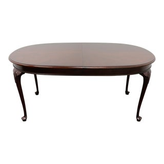 Hickory Chair Queen Anne Style Dining Table For Sale