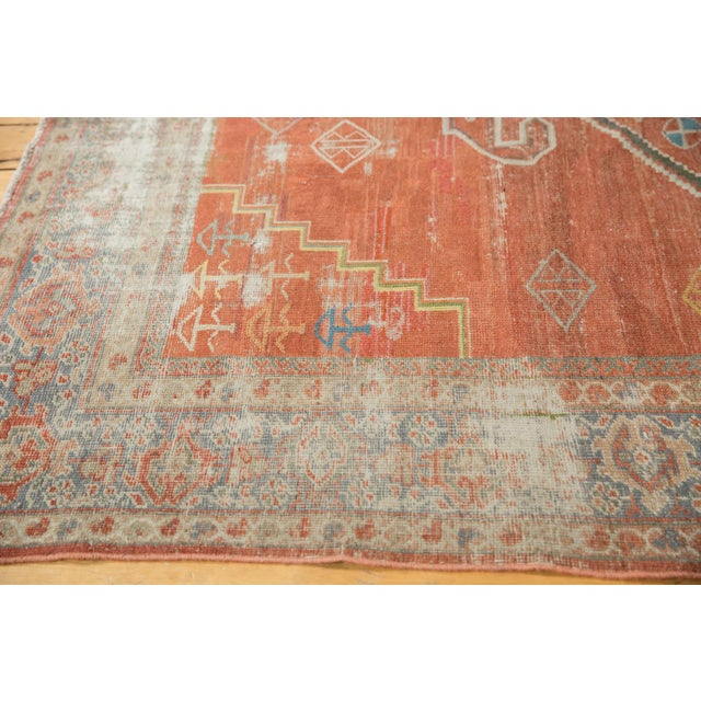 "Vintage Distressed Mahal Carpet - 6'5"" X 9'2"" For Sale In New York - Image 6 of 13"