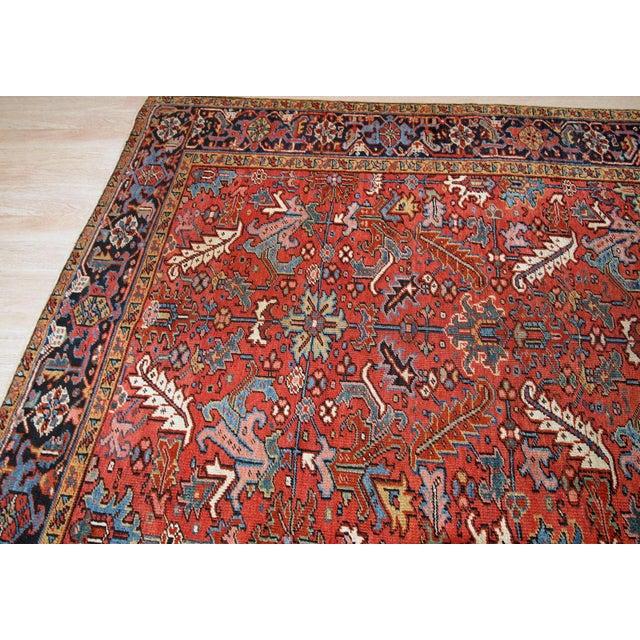 1900s, Handmade Antique Persian Heriz Rug For Sale In New York - Image 6 of 12