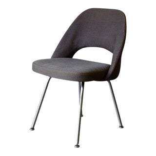 Mid Century Modern Saarinen for Knoll Side Chair For Sale