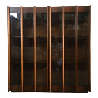 Vintage Mid-Century Modern Bookcase / China Display Cabinet With Glass Doors