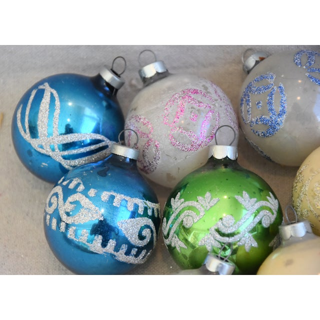 Mid 20th Century Vintage Colorful Christmas Ornaments W/Box - Set of 10 For Sale - Image 5 of 10