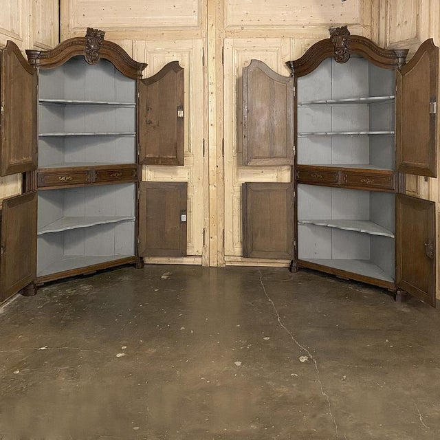 18th Century French Louis XVI Corner Cabinets - a Pair For Sale - Image 4 of 13