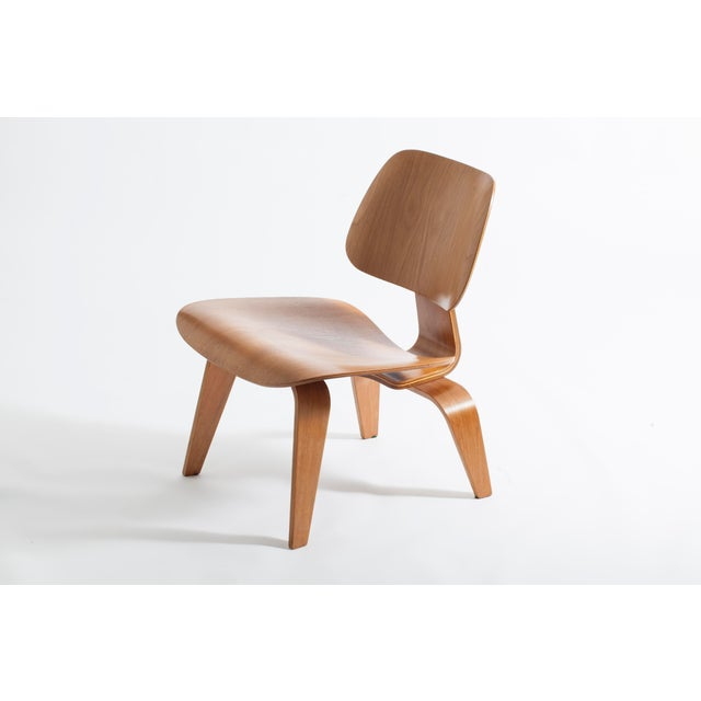 Eames LCW Chair - Image 4 of 5