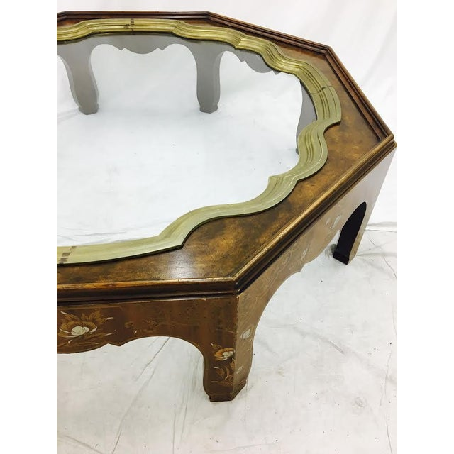 Brass Baker Mid-Century Coffee Table with Brass & Glass Tray Top For Sale - Image 7 of 11