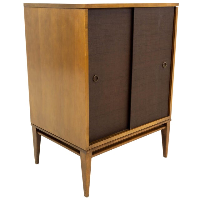 huge discount ebc95 28297 Mid-Century Modern Paul McCobb for Planner Group Small Console Media Cabinet