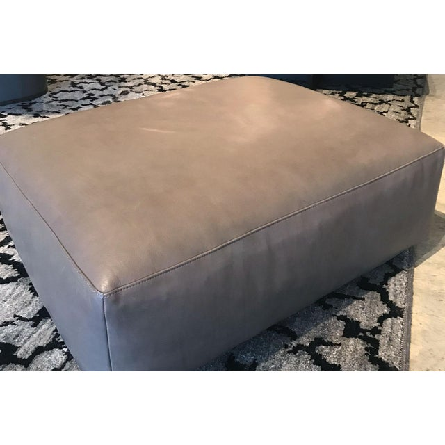 Contemporary Taupe Open Pore Leather Mex Cube Ottoman Cassina For Sale - Image 3 of 6