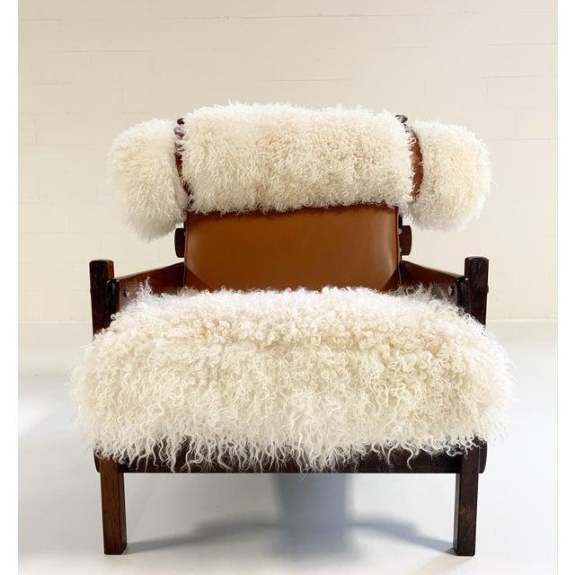 Sergio Rodrigues for Oca Solid Jacaranda Tonico Chair Restored in Gotland Sheepskin and Loro Piana Italian Buffalo Leather For Sale In Saint Louis - Image 6 of 13
