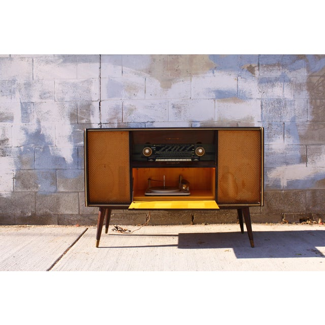 Mid Century German Emud Stereo Console For Sale In San Diego - Image 6 of 11