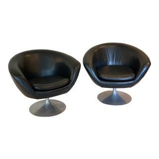 1960s Overman Pod Chairs With Swivel Base - a Pair For Sale