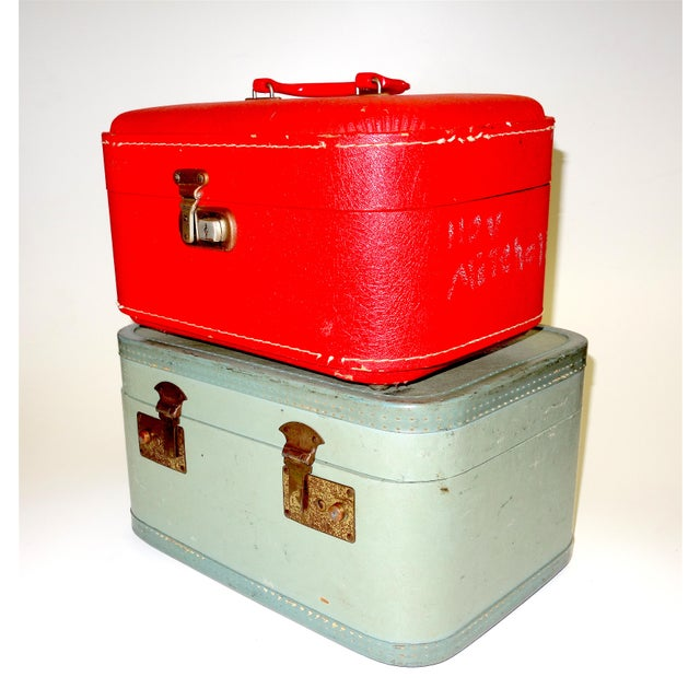 Art Deco Pair of Mid 20th Century Luggage Set For Sale - Image 3 of 13