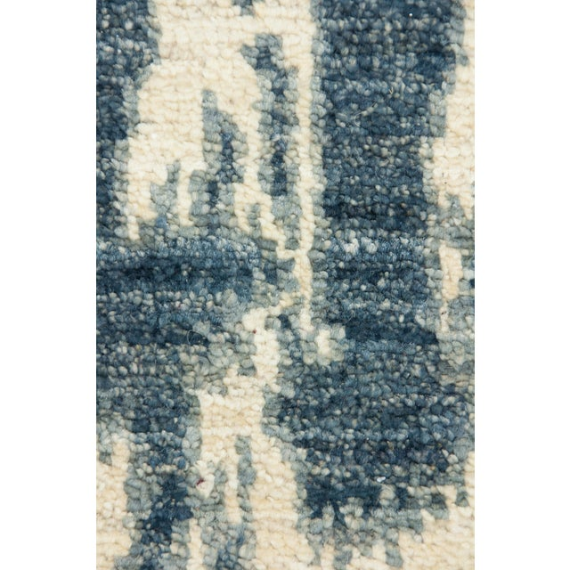 """Asian Contemporary Ikat Hand Knotted Rug - 4' 7""""x 7' For Sale - Image 3 of 4"""
