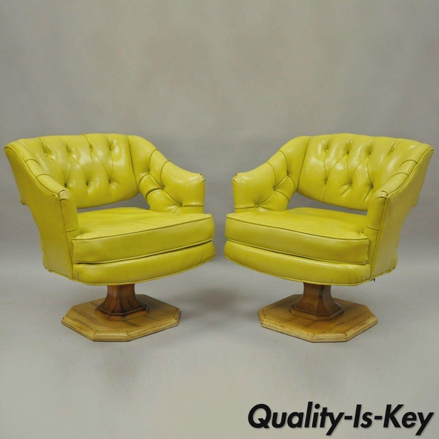 Pair Silver Craft Green Yellow Swivel Club Lounge Chairs Mid Century Modern A For Sale - Image 12 of 12