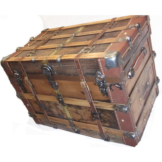 Early American Early 1900's American Antique Box Trunk For Sale - Image 3 of 5