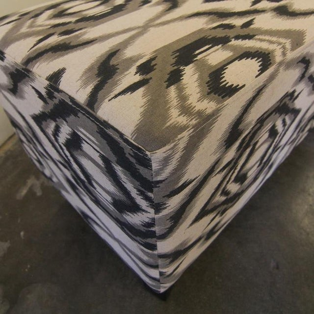 Contemporary White and Grey Ottoman/Stool - Image 5 of 7