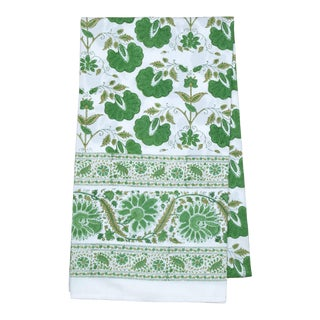 Janvi Tablecloth, 8-seat table - Green For Sale