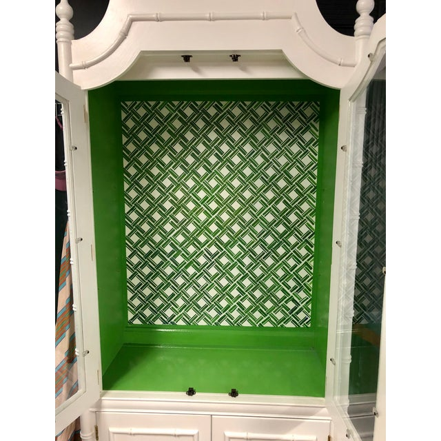 1970s Vintage Thomasville Faux Bamboo China Cabinet For Sale - Image 12 of 12
