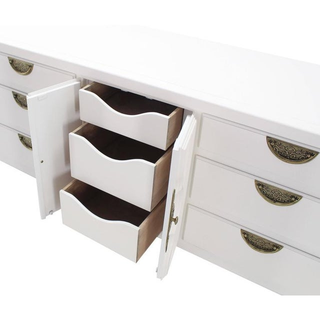 Brass Mid-Century Modern White Lacquer Brass Drop Pulls Triple Dresser For Sale - Image 7 of 11