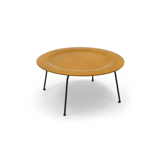 Mid-Century Modern Early Second Generation Eames CTM Coffee Table Metal Legs, Expertly Restored For Sale - Image 3 of 9