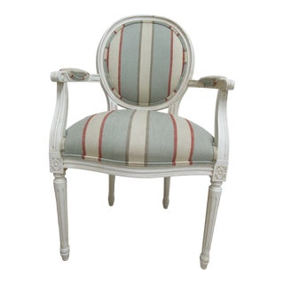 1990s Vintage Ethan Allen Swedish Homes Painted Living Room Lounge Arm Chair For Sale