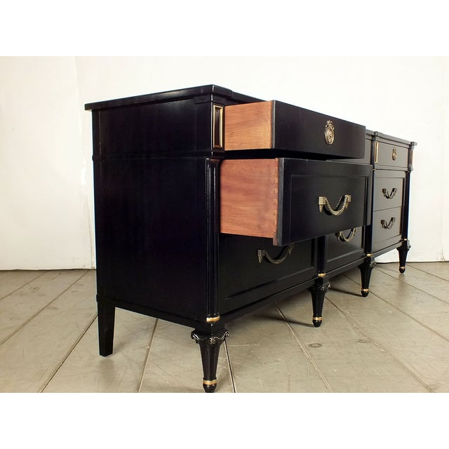 1960s Vintage Hollywood Regency Credenza/Server - Image 5 of 10