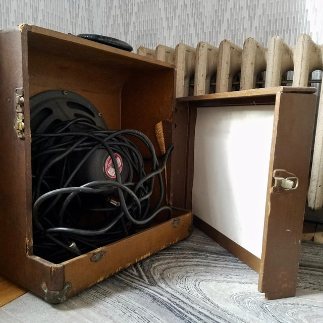 Art Deco Ampro Speaker and Cabinet For Sale - Image 3 of 5